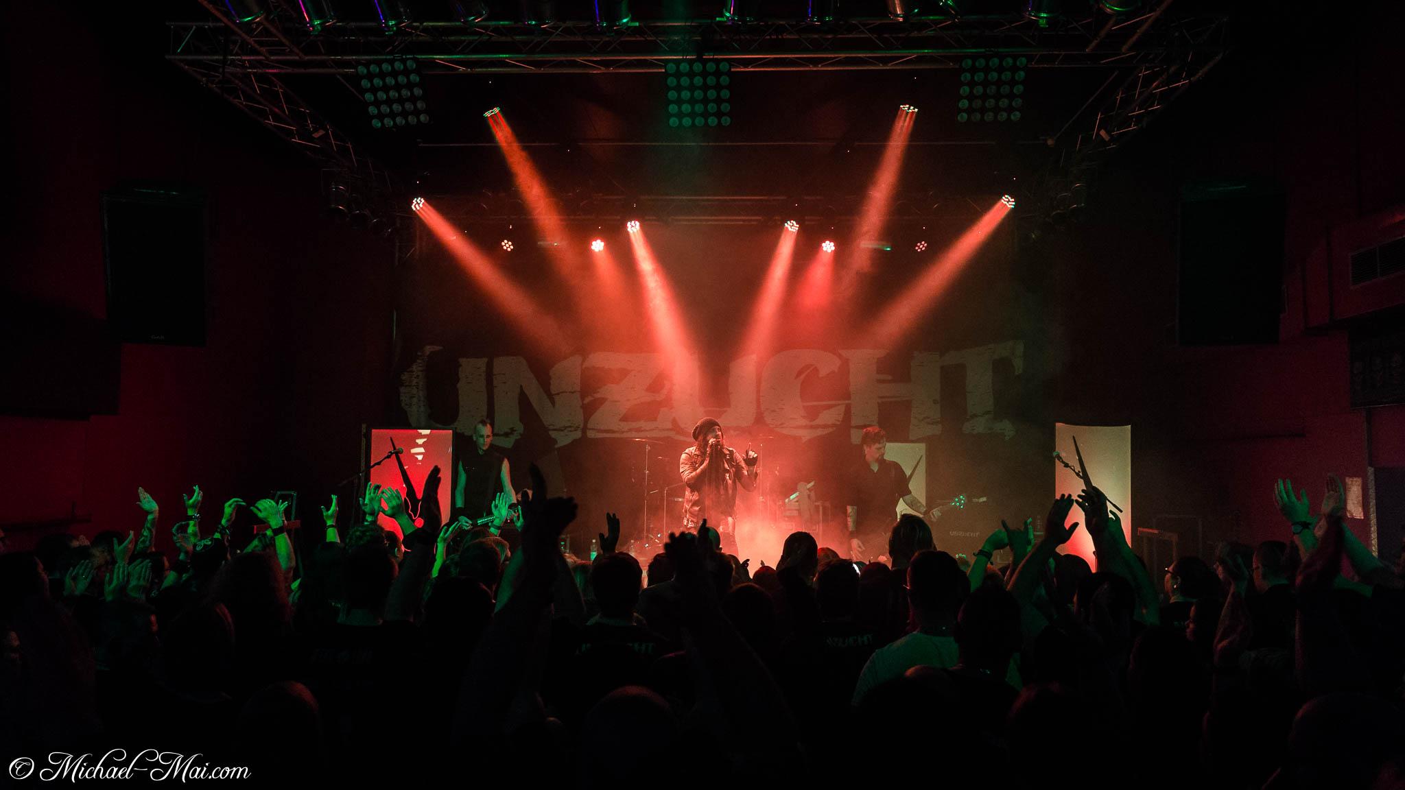 Konzertfotos von Unzucht auf der Widerstand Tour 2017