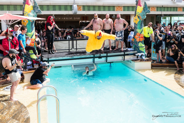 Fotos vom Belly Flop Contest auf der 70000Tons Of Metal 2018