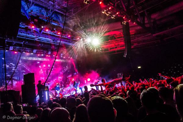 Konzertfoto von Heaven Shall Burn in Stuttgart 2018