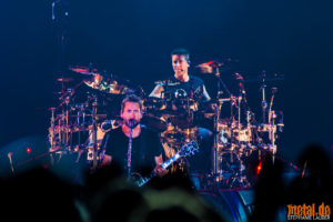 Kontertfoto von Nickelback auf Feed The Machine Tour 2018 in Stuttgart