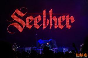 Kontertfoto von Seether auf Feed The Machine Tour 2018 in Stuttgart