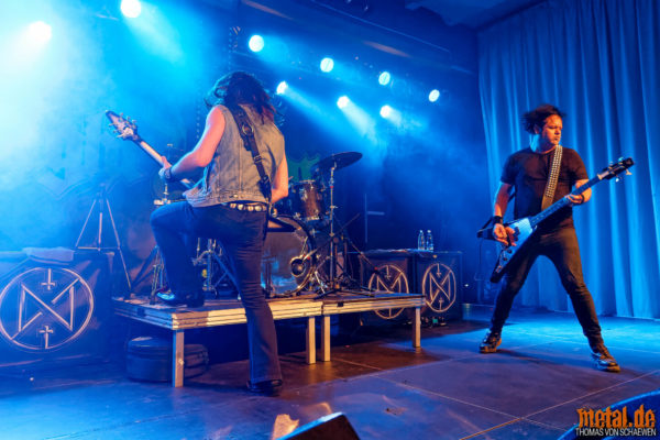 Fotos von Night Demon auf der Tour 2018