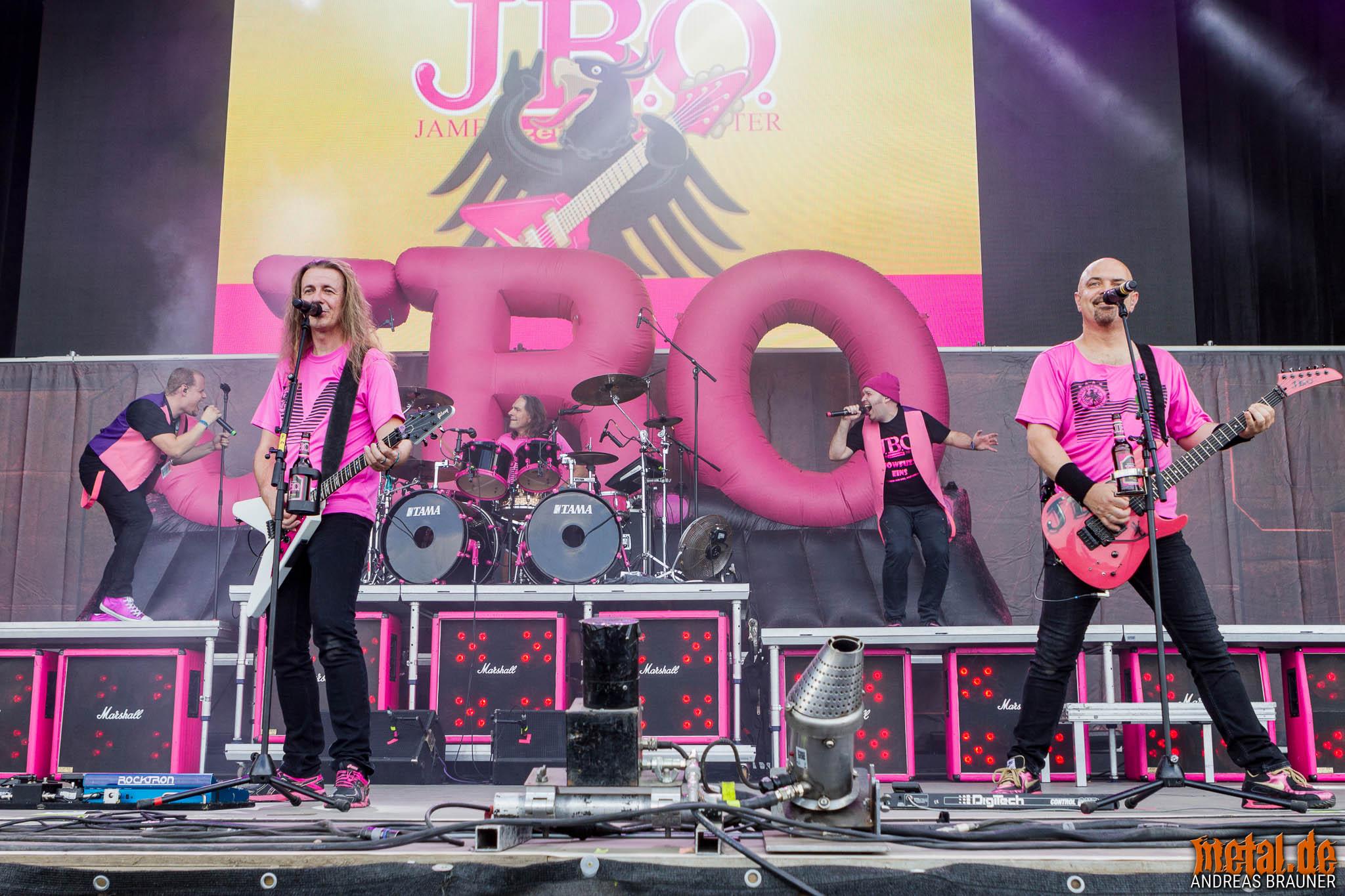 Konzertfoto von J.B.O. auf dem Summer Breeze Open Air 2018