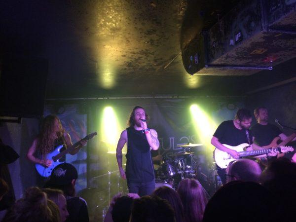"CALIGULA'S HORSE live im Düsseldorfer ""Tube""."