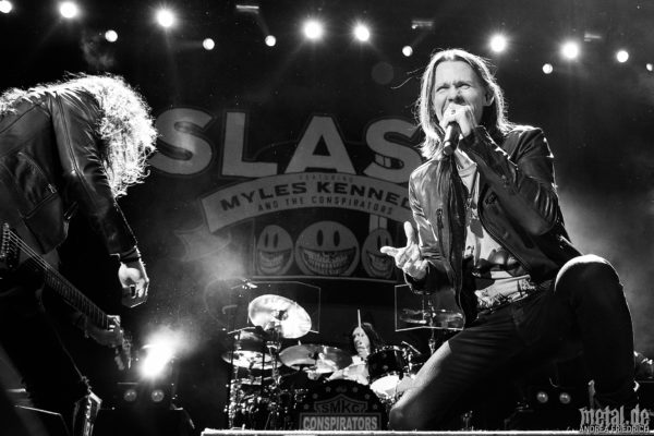 Konzertfoto von Slash feat. Myles Kennedy and the Conspirators - Living The Dream Tour 2019