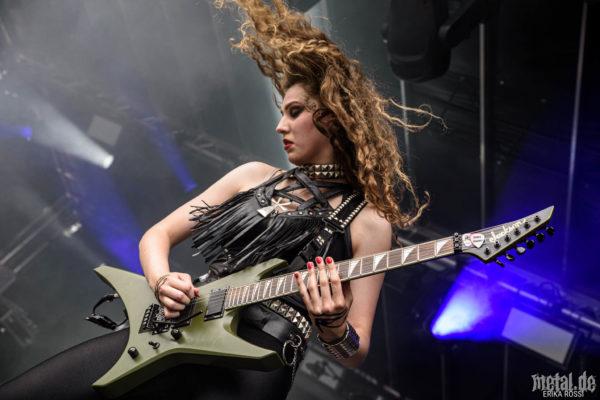 Konzertfoto von Burning Witches - Baden In Blut 2019