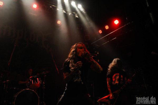 Konzertfotos von Implore bei der Record Release Show von Endseeker