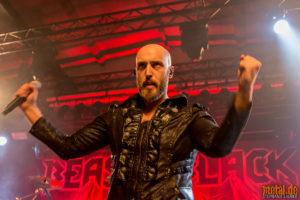 Konzertfoto von Beast In Black auf From Hell With Love Tour 2019 Im Wizemann in Stuttgart