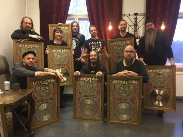 Bild Amorphis erhalten Gold
