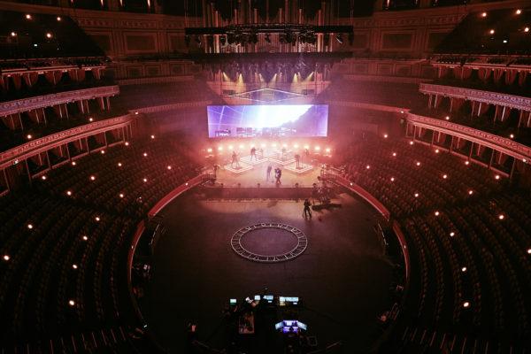 ARCHITECTS streamen live aus der Royal Albert Hall (2020)